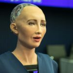 """""""Sophia"""" the Robot That Will Take Care of Coronavirus Patients"""